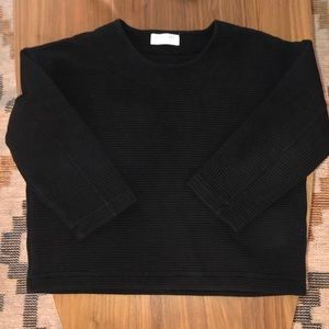 Everlane | Black ribbed sweatshirt